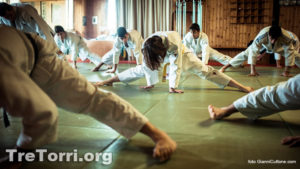 Fase di stretching durante lo stege d'inverno Tre Torri 2014